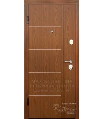 Металлическая дверь с отделкой MDF  Lenora (Золотой Дуб)