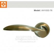 Дверная ручка AH1032-78 (матовый хром)
